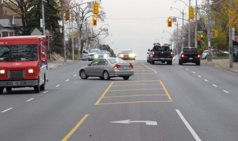 Driving Tip – Gap Choice For an Unprotected Left Turn in a Light